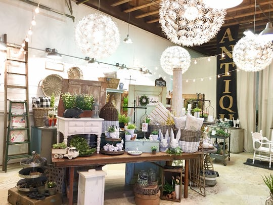 Family-owned Tattered Tiques in Lake Barrington, Illinois, specializes in on-trend vintage, cottage, modern farmhouse and boho style home décor in the upcoming Vintage Shop Hop.