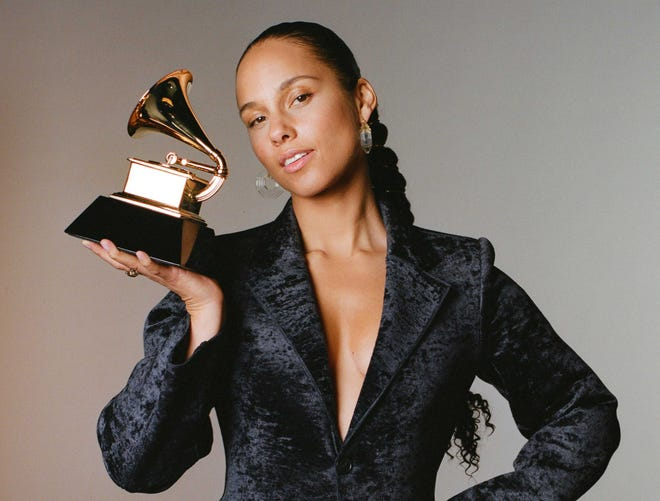 Alicia Keys returns to host The 62nd Annual Grammy Awards.