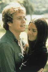 "Ryan O'Neal, Ali MacGraw in ""Love Story"""