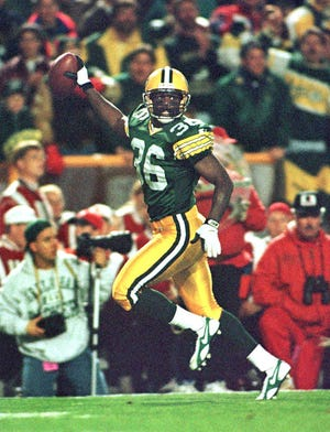 Green Bay Packers safety LeRoy Butler celebrates an interception against San Francisco on Oct. 14, 1996.