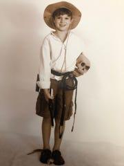 Sawyer in full Indiana Jones.