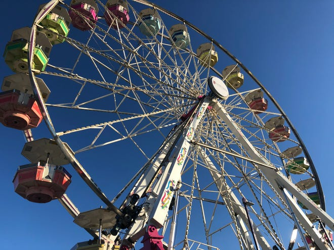 Ferris wheel set up by Crabtree Amusements for the 2020 carnival in San Angelo.