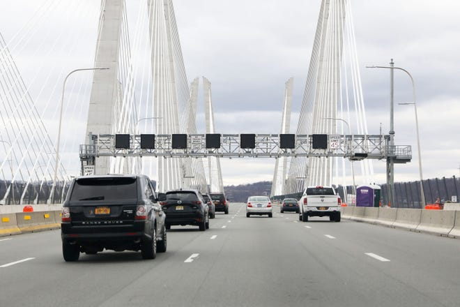 Blank electronic overhead safety signs are seen as motorists travel towards Rockland County on the Gov. Mario M. Cuomo Bridge Jan. 27, 2020.