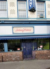 JohnnyCakes has closed in Nyack.