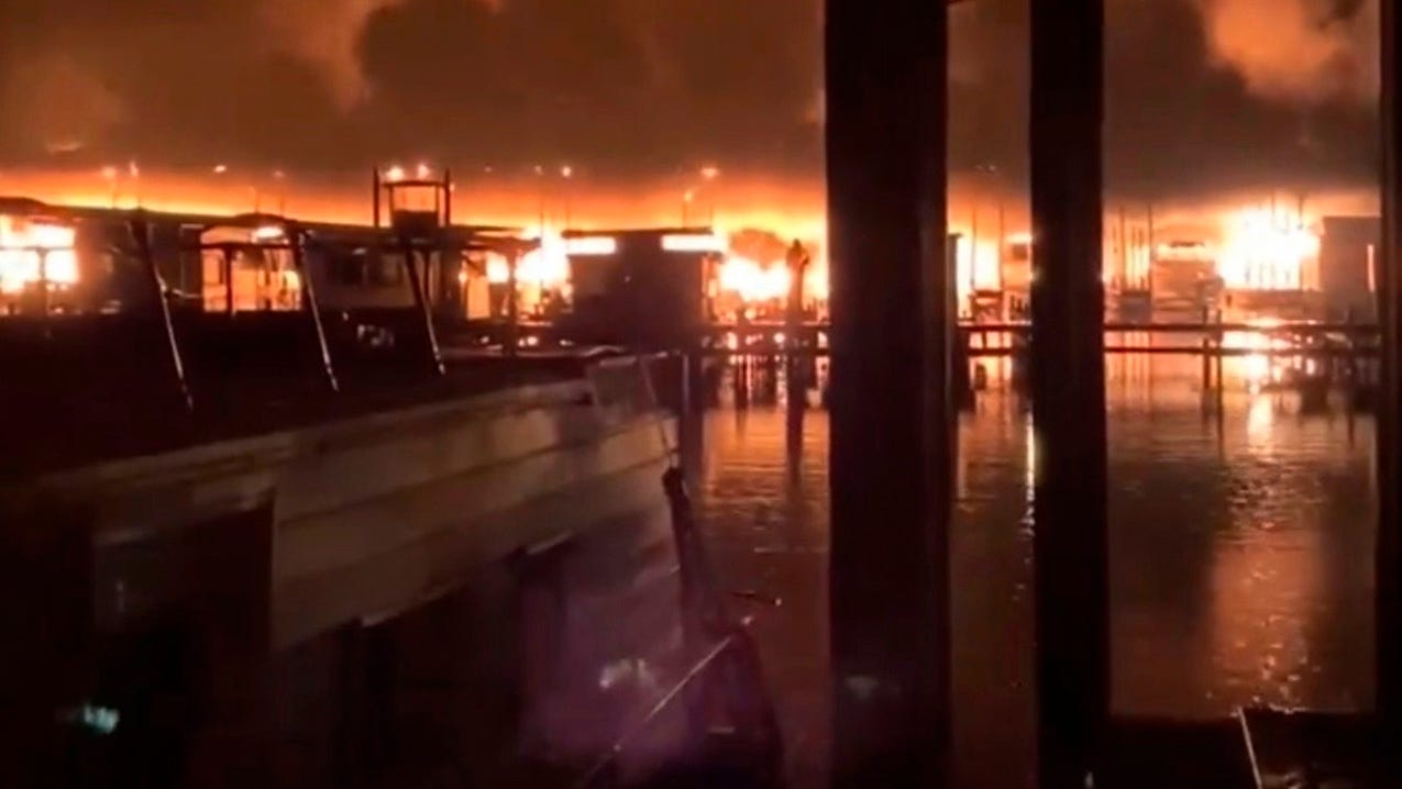Alabama boat fire on Tennessee River: 8 deaths confirmed ...