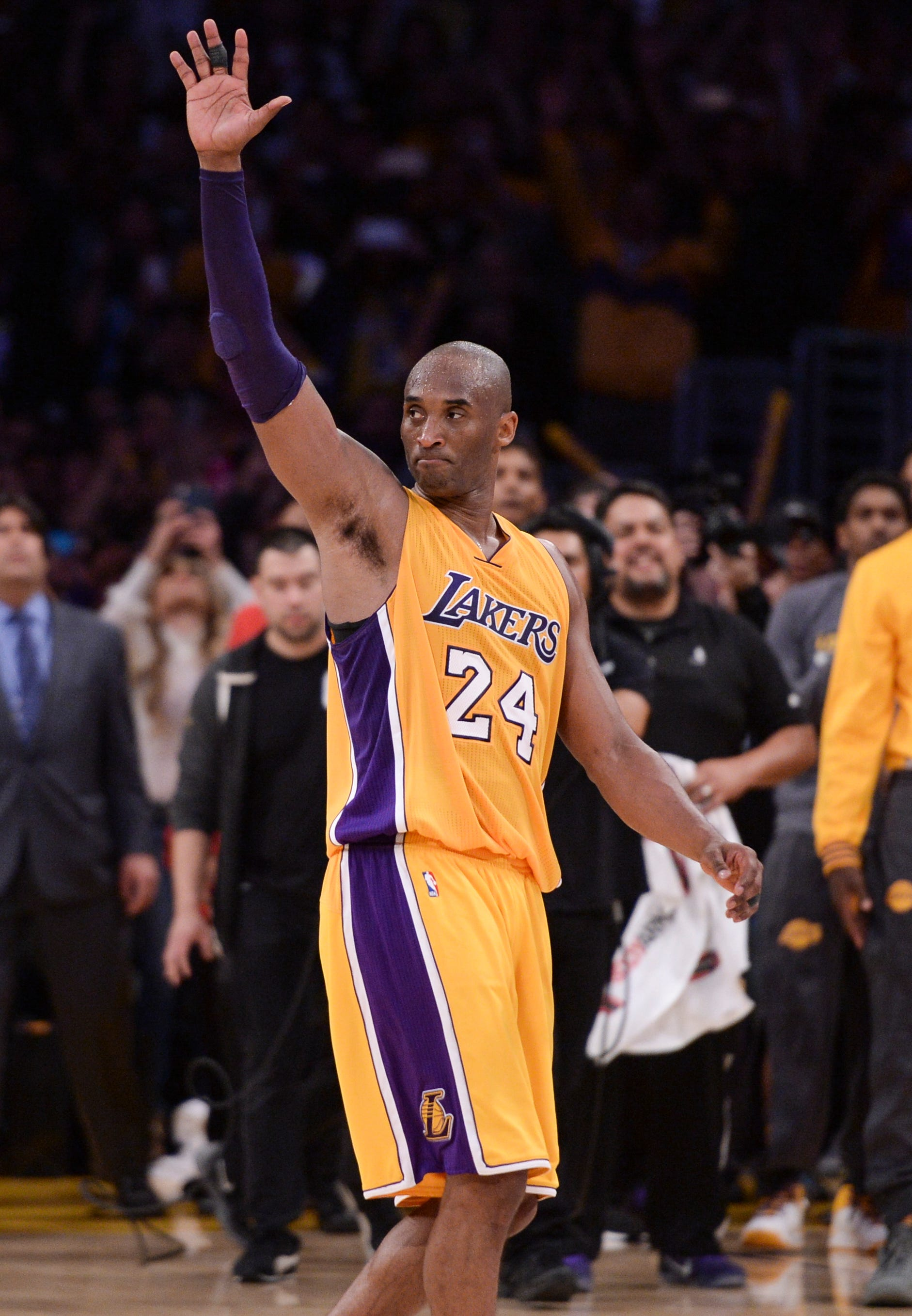 Kobe Bryant Espn To Air Laker Star S Last Game Tonight How To Watch