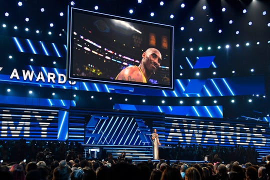 Alicia Keys honors Kobe Bryant at the start of the 62nd annual GRAMMY Awards on Jan. 26, 2020.