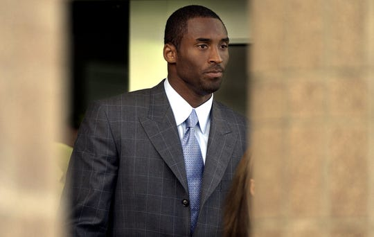 Kobe Bryant leaves the courthouse in Eagle, Colorado in 2004.