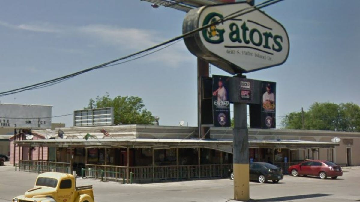 Corpus Christi S Rooms To Go To Tear Down Gators Sports Bar