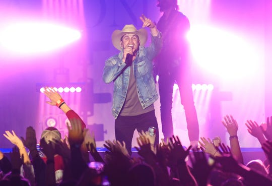 Dustin Lynch performing at Marathon Music Works in Nashville on Jan. 17.