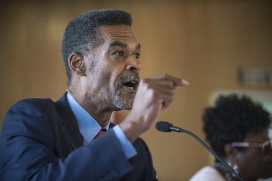 Councilman Eric Mays speaks as Flint City Council holds a meeting on Monday evening, June 26, 2017 discussing the city's water problems and other issues at City Hall. (Shannon Millard/The Flint Journal-MLive.com via AP)