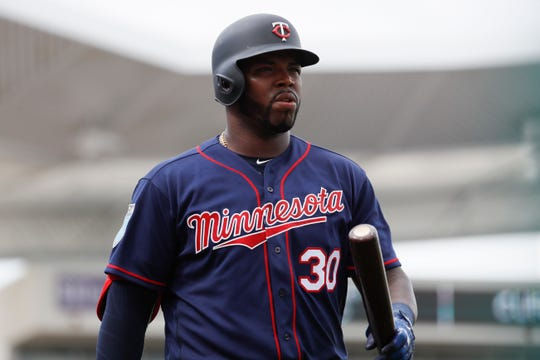 Former Minnesota Twins first baseman Kennys Vargas has agreed to a minor-league deal with the Tigers, MLB.com Jason Beck reports.