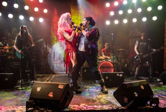 """Matt Rodin and Bethany Thomas sing in """"Hedwig and the Angry Inch,"""" staged by Milwaukee Repertory Theater."""