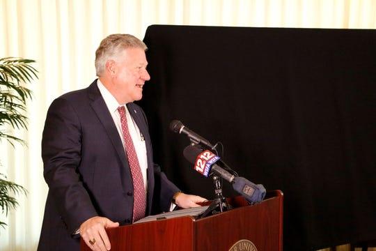 Faulkner University President Mike Williams announces the 2020 Annual Benefit Dinner.