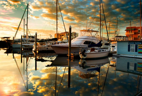 A sunset photo from Erin Amis Perez, winner of the 2015 PSC Sunset Photography exhibit at Jaco's Bayfront Bar & Grille.