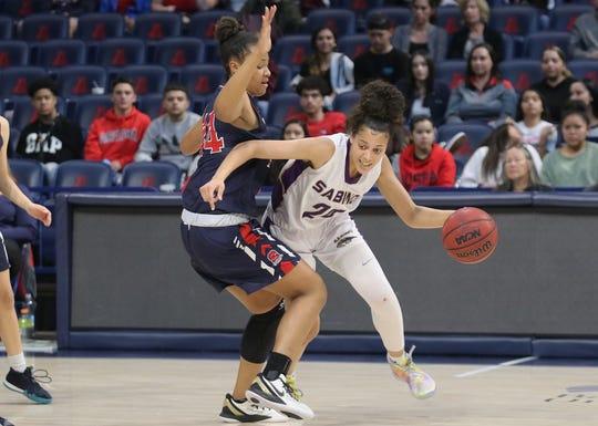 Jan. 20, 2020; Tucson Sahuaro forward Alyssa Brown guard Sabino guard Kiya Dorroh in the MLK Dream Classic at McKale Center.
