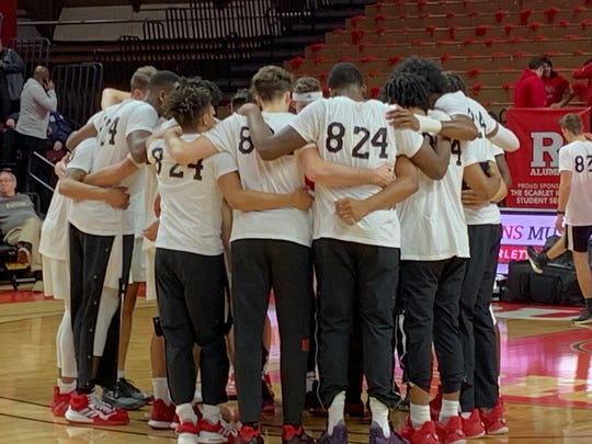 Rutgers basketball players wore warm-up T-shirts honoring Kobe Bryant