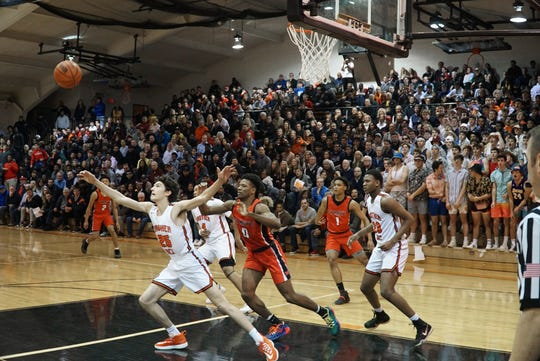 Brother Rice hosts Orchard Lake St. Mary's on Jan. 28, 2020.