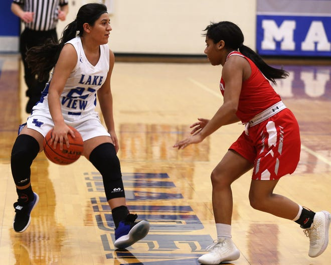 San Angelo Lake View High School's Alaysia Capuchina makes a move to the basket in a District 5-4A game against Sweetwater at Ben Norton Gym on Tuesday, Jan. 28, 2020.