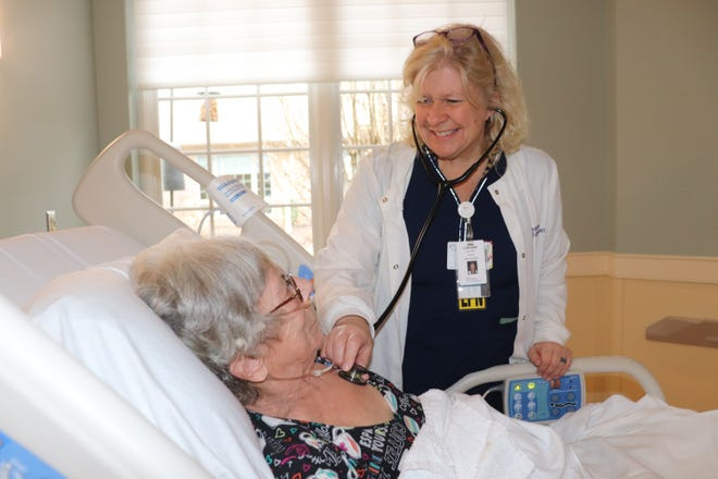 "LizAnne Kubicki, a licensed practical nurse on Hospice of Cincinnati's crisis care team, believes it is ""connection"" that makes good nursing."