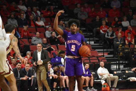 Shamar Givance directs the offense during Evansville's game at Illinois State on Wednesday night.