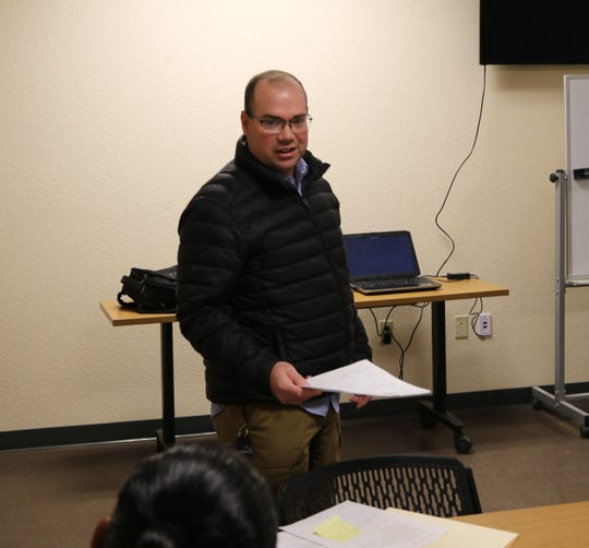 Ryan McBee from the New Mexico Environment Department conducts a workshop on illegally dumped tires Thursday in Carlsbad.