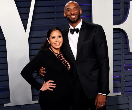 En la imagen, Kobe Bryant (d) y Vanessa Bryant.