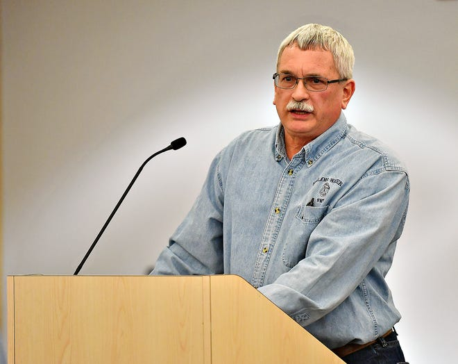 Chairman Jim Bentzel, of Shiloh Water Authority, at a public hearing on Monday said the board will vote in late March will vote in late March on on defluoridation.