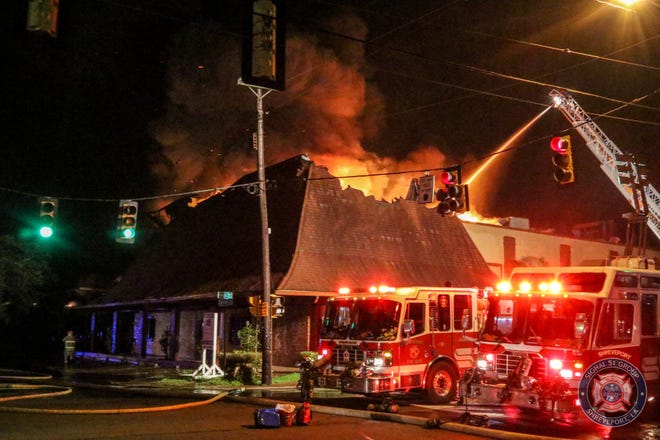 Around 3:44am Shreveport Fire Department was dispatched to the intersection of Kings Highway and Highland Avenue, the old Don's Seafood, because the building was on fire with smoke and flames visible.