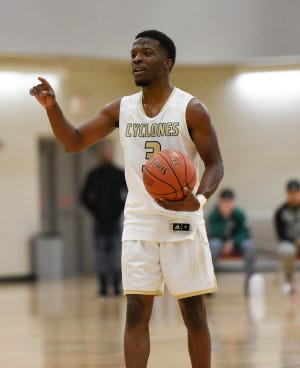 St. Cloud Technical & Community College guard Eric Racine calls out a play Wednesday, Jan. 29, 2020, at Whitney Rec Center.