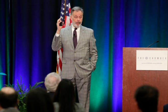 State economist Jerry Parrish gives insights on TallahasseeÕs economy during an annual forum hosted by the Tallahassee Chamber of Commerce.