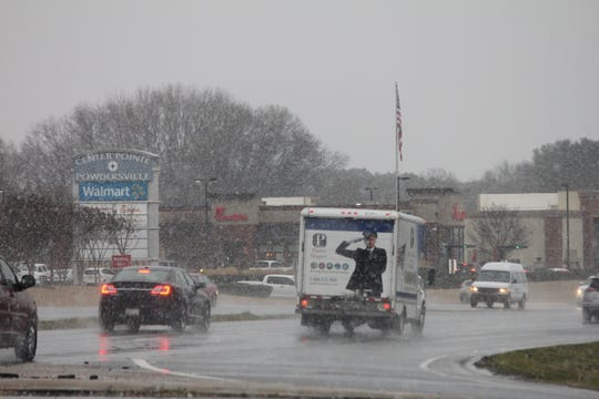 A wintery mix is falling in Powdersville, at S.C. 81 and S.C. 153.