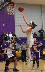Kelsey Thaxton dropped 42 points on 15-for-21 shooting to set a new Generals record for points in a single game and to break the career record with 844 points. She also set records for field goals (15) and 3-pointers (10), whilebecomingthe second General to score 40 points in a game -- joining teammate Courtney Dawsey.