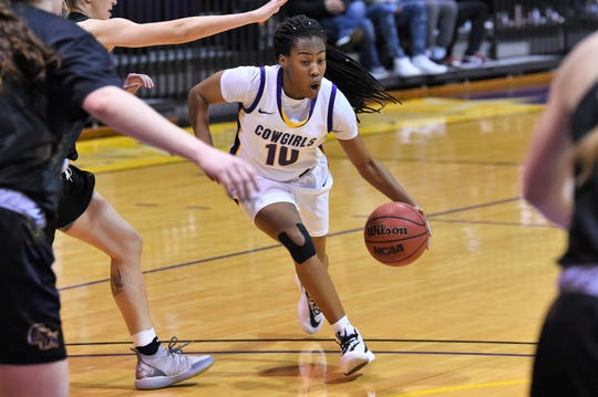 Hardin-Simmons guard Taylor Gaffney (10) drives into the lane during a 57-54 win against Concordia at the Mabee Complex earlier this season.