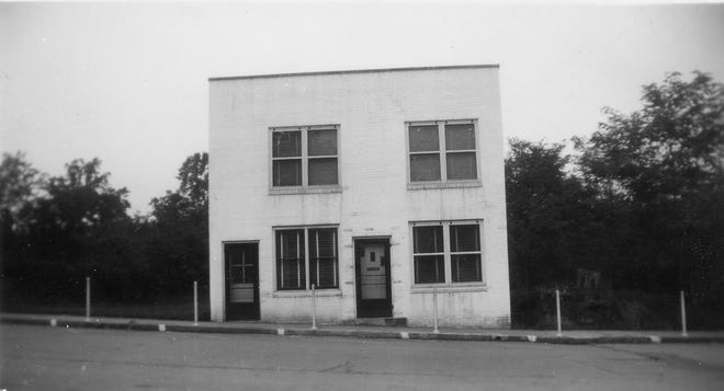 Dr. Ernest J. Anthony's doctor's office is shown in this late 1940s photograph from the SwannanoaValleyMuseum & History Center's archives. The building is now home to Berliner Kindl German Restaurant.
