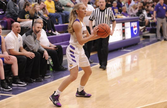 Unioto's Amber Cottrill looks to pass along the perimeter during a 47-37 win over Southeastern on Thursday Jan. 30, 2020 to clinch the outright SVC championship at Unioto High School in Chillicothe, Ohio.