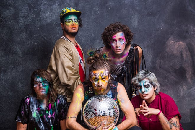 Francisco, el Hombre is the second band to be announced byFestival International de Louisiane. The band plays punk-rock andelectro-punk songs in Spanish and Portuguese.