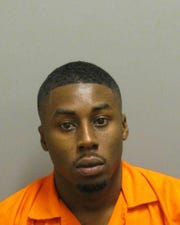 Deanthony Deshun rose was charged with second-degree kidnapping and first-degree theft.