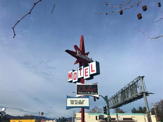 The Stardust Motel and Thunderbird Lodge in Redding have been sued by a Fresno man who claims their websites violate the Americans with Disabilities Act.
