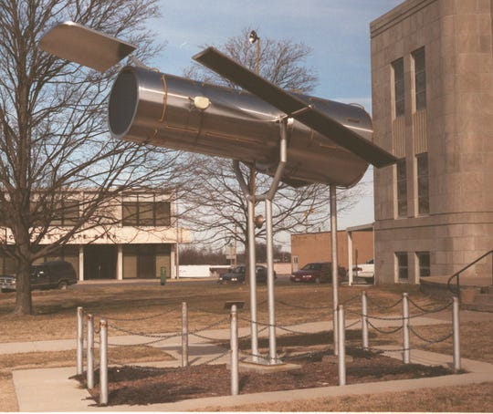 Famed astronomer Edwin Hubble was born in Marshfield in 1889. A one-quarter scale model of the Hubble Space Telescope, named after him, is on Marshfield's downtown square.