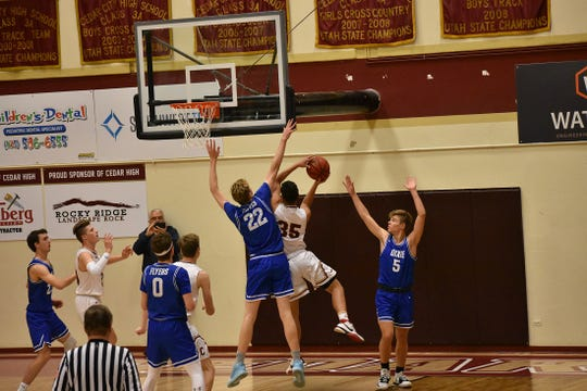 Dixie beats Cedar on Tuesday, January 28, to remain the clear Region 9 favorite.