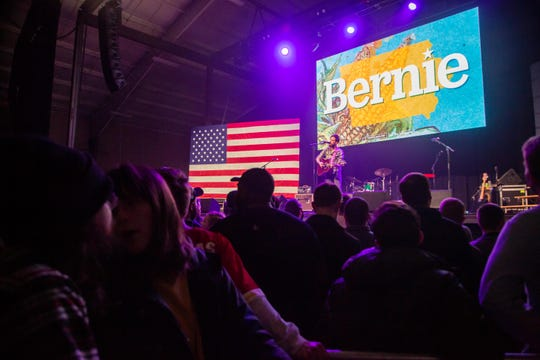Mississippi Jake performs for Bernie Sanders' supporters who packed into the 7 Flags Event Center listening to musical performances and campaign organizers Friday, Jan. 31, 2020.