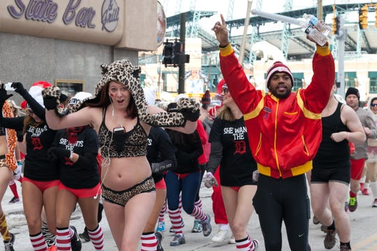 Cupid's Undie Run participants will run a quick 1-mile course around downtown Detroit.