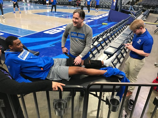 Memphis freshman D.J. Jeffries will miss the next 4-6 weeks after suffering a partially torn PCL.