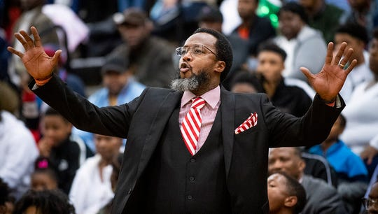 Lee coach Bryant Johnson coaches against Carver on the Carver campus in Montgomery, Ala., on Saturday February 1, 2020.