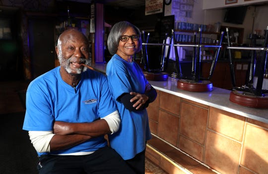 Moses (Moe) Smith and his wife Bernice in their longtime restaurant Unkl Moe's.