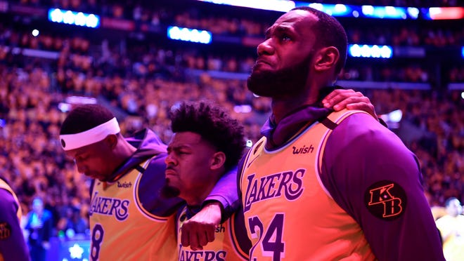 Lebron James Kobe Bryant Like Dunk Dazzles With Chilling Comparison