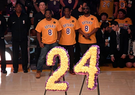 Boyz II Men sang the national anthem.