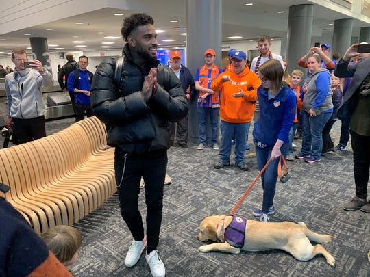 Jurgen Locadia, formerly of English Premier League side Brighton and Hove Albion, arrived on Sunday, Feb. 2, to the Cincinnati-Northern Kentucky International Airport and was greeted by FC Cincinnati fans.