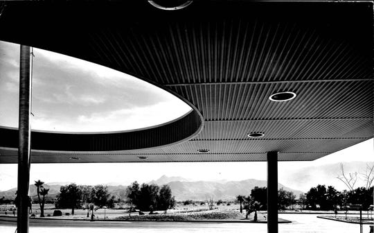 Dramatic view of Desert Modern architecture of City Hall was like everything else in Palm Springs, unique and attractive.